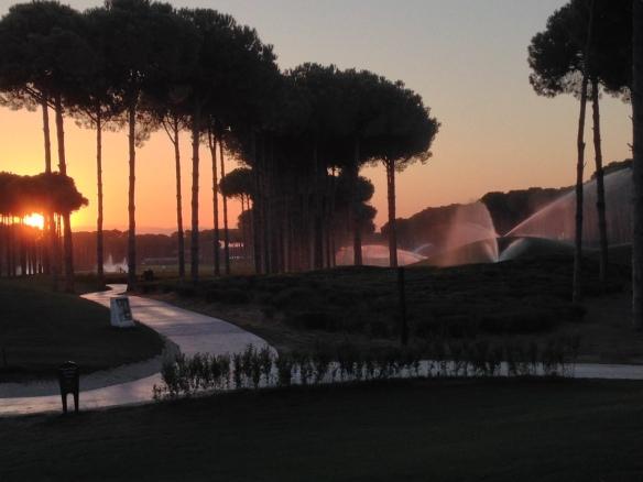 Sonnenuntergang auf dem Carya Platz